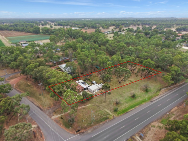 2 Hermitage Road, Maiden Gully, Vic 3551