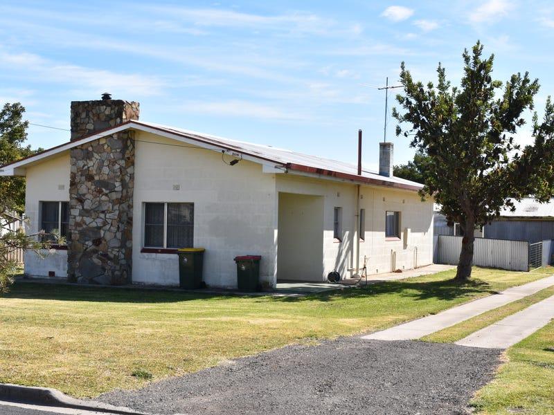 34 Fourth Street, Millicent, SA 5280