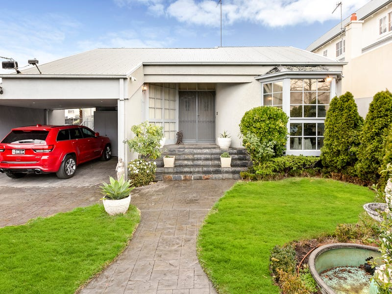 2 Mathoura Road, Toorak, Vic 3142