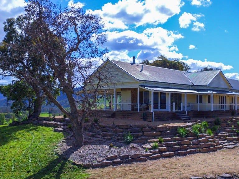 405 Howes Creek-Goughs Bay Road, Goughs Bay, Vic 3723