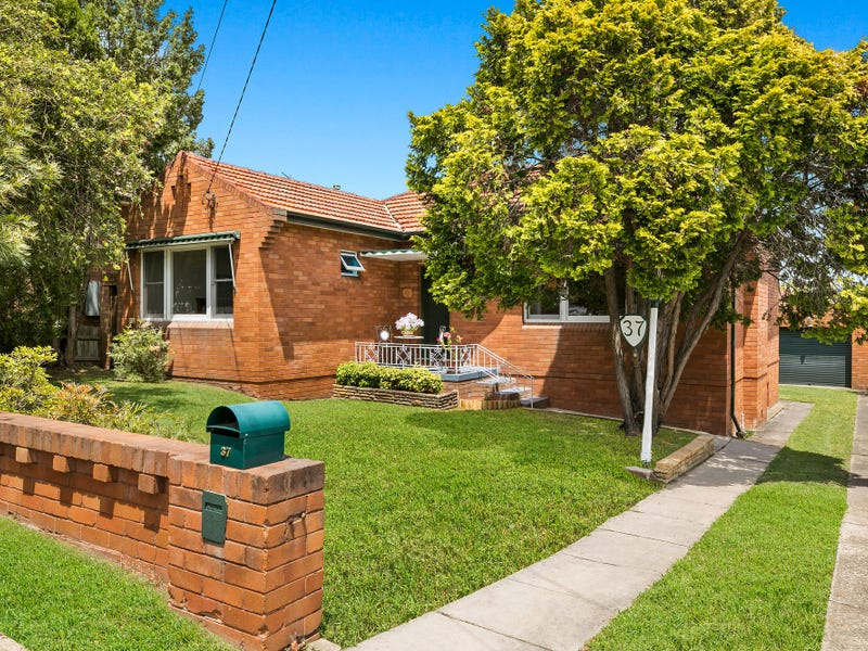 37 Hillpine Avenue, Kogarah, NSW 2217