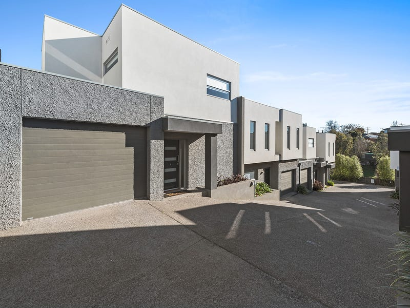 8/24 Laurence Avenue, Airport West, Vic 3042