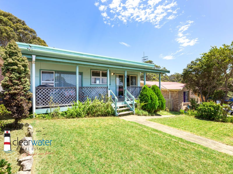 15 Montague Ave, Kianga, NSW 2546