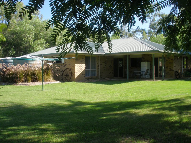 27 Ficks Crossing Road, Wondai, Qld 4606