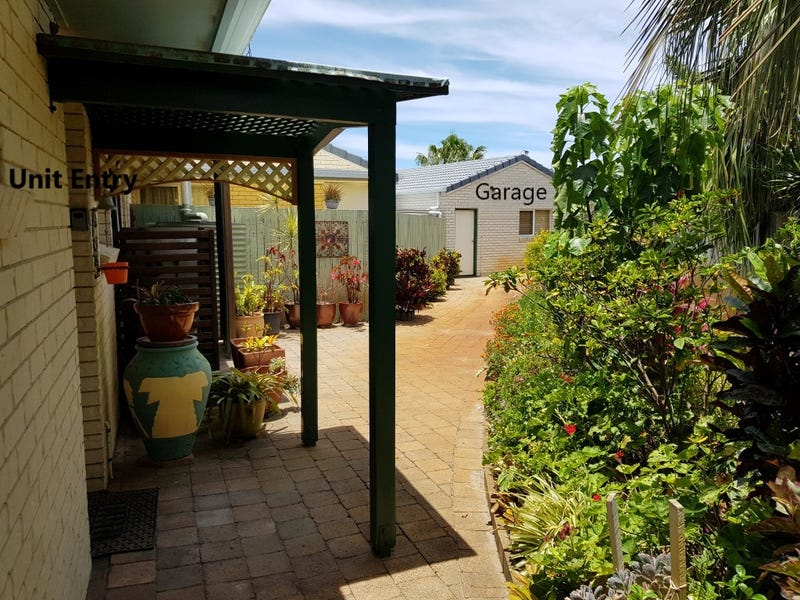 2/2 Cutler Court, Golden Beach, Qld 4551