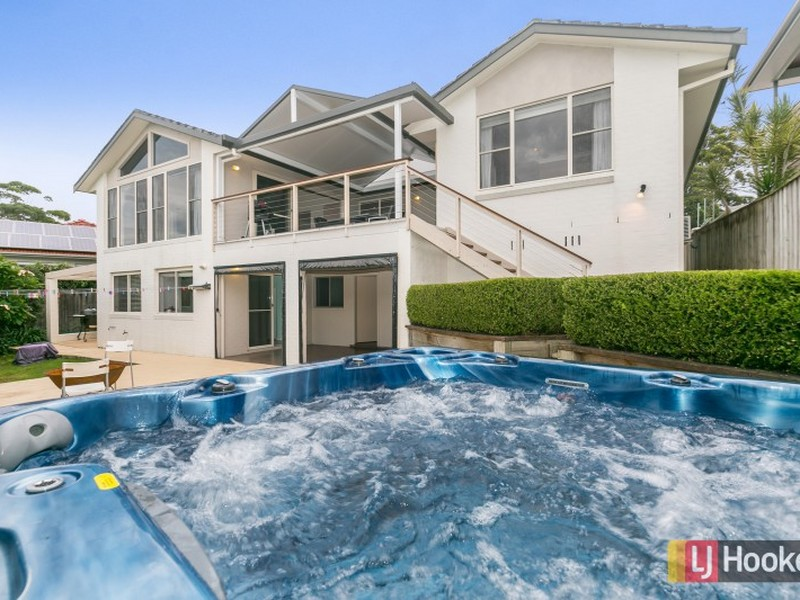8 Reads Road, Wamberal, NSW 2260