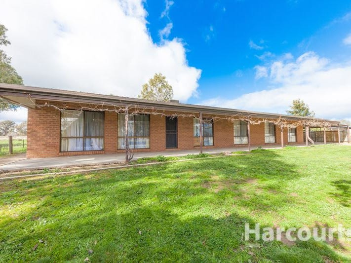 11 School Road, Springhurst, Vic 3682