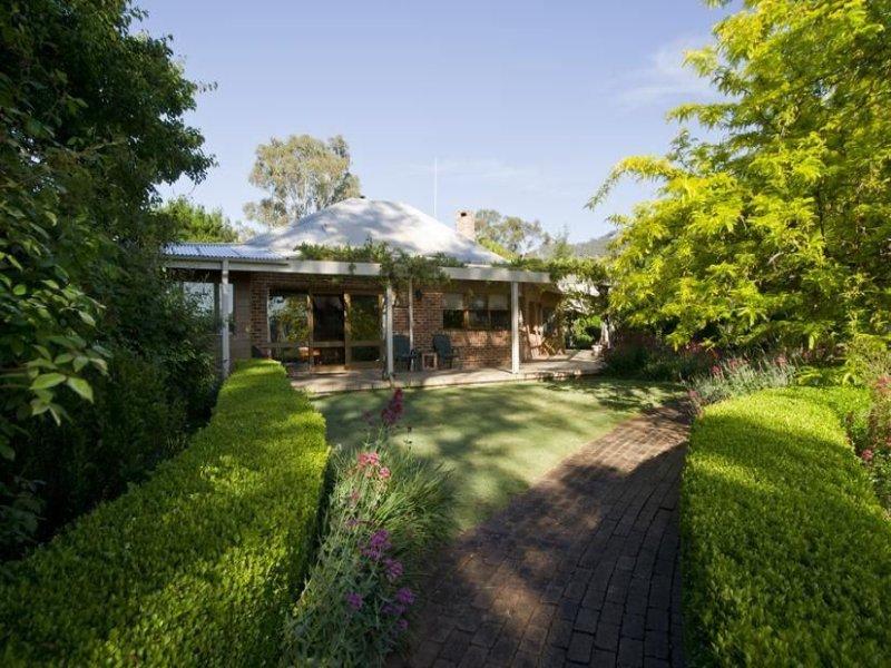 ". Pages River Rd ""Singles Creek"", Murrurundi, NSW 2338"