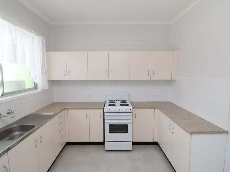 Flat 2 ,23 Brolga Place, Coleambally, NSW 2707