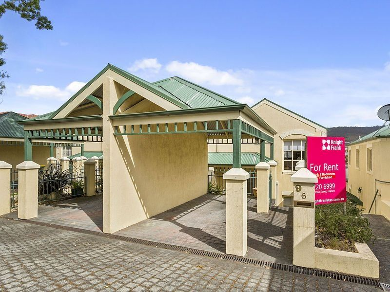 6/9 Montgomery Court, Sandy Bay, Tas 7005