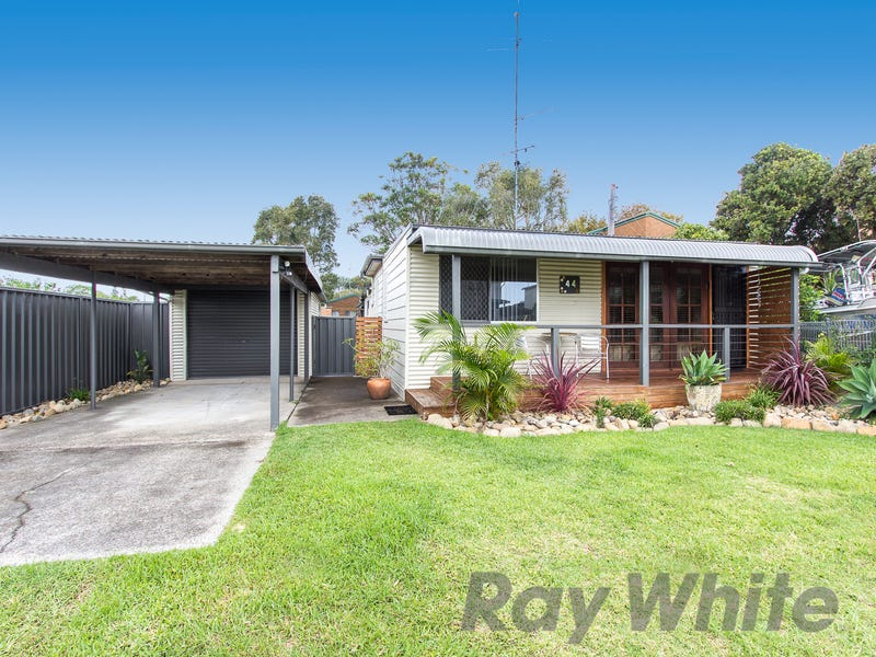 44 Emily Street, Marks Point, NSW 2280
