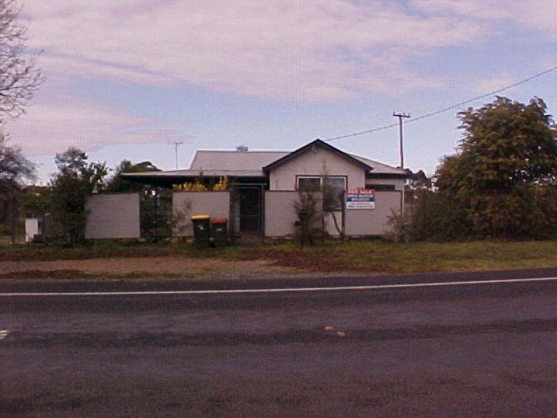 1 VICTORIA STREET, Wallendbeen, NSW 2588