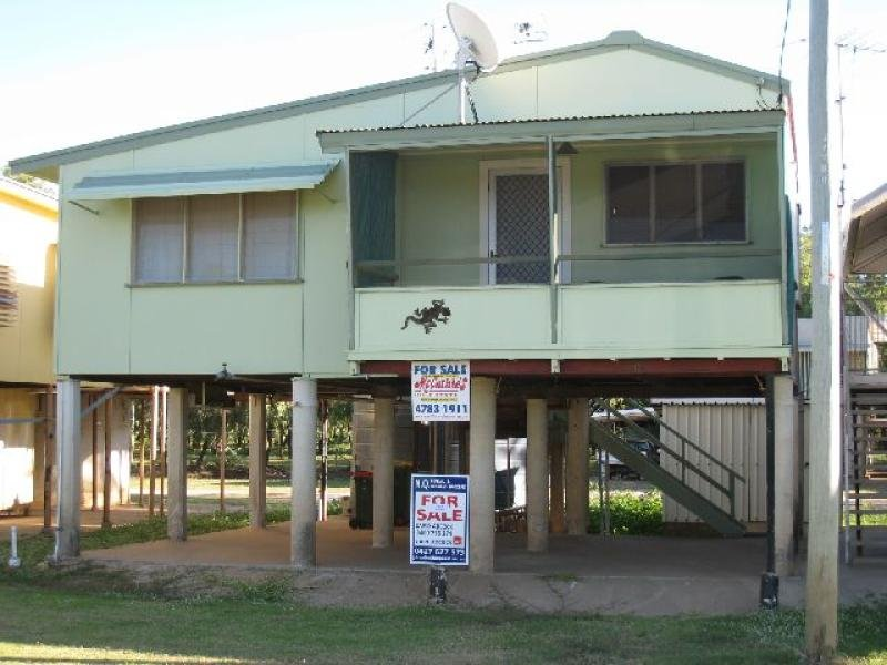 Address available on request, Groper Creek, Qld 4806