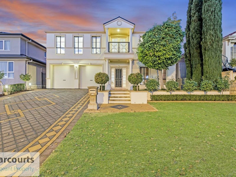 17 Glanville Crescent, Gulfview Heights
