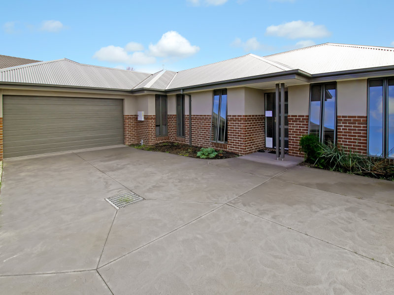 2/15 Mitchell Court, Mansfield, Vic 3722