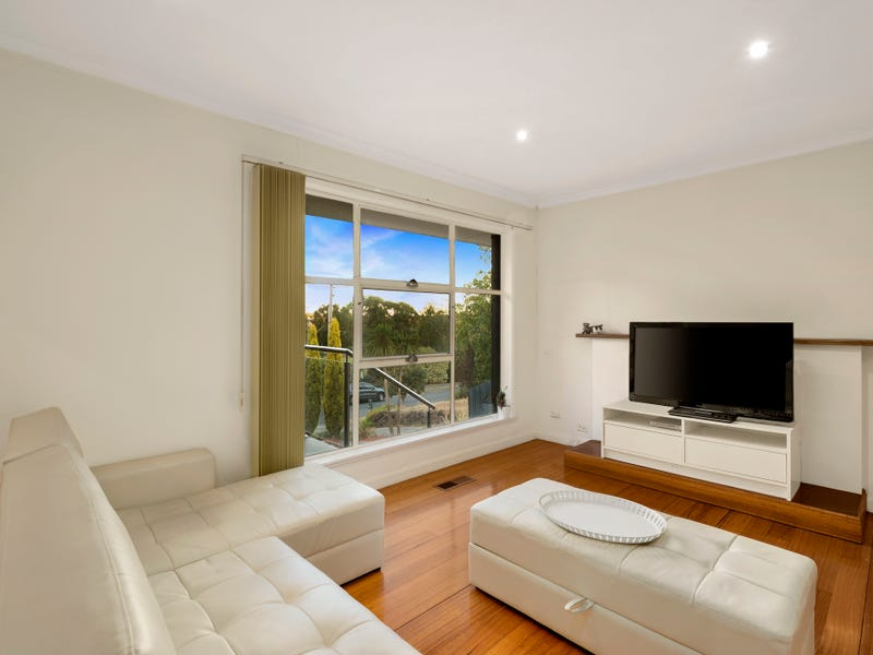 1/14 Baird Street East, Doncaster, Vic 3108
