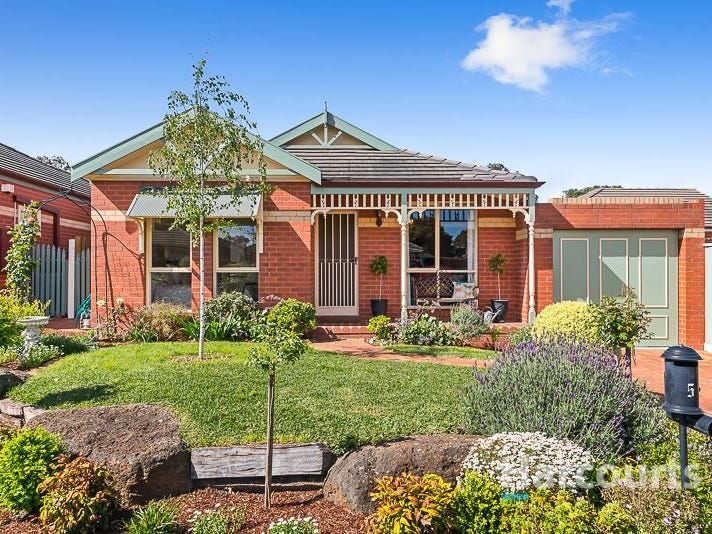 5 Cedarwood Court, Mill Park, Vic 3082