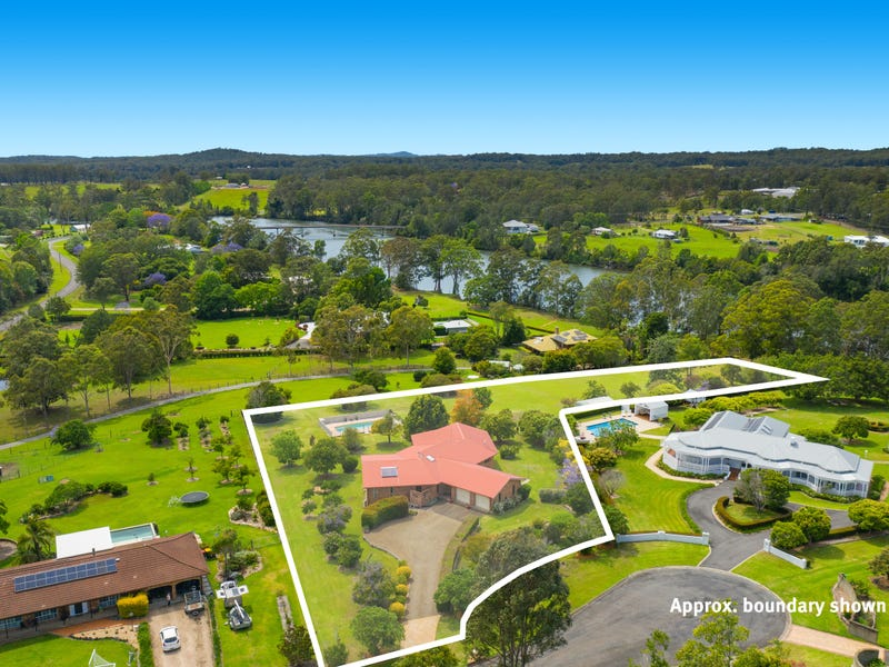 15 River Downs, Rawdon Island, NSW 2446