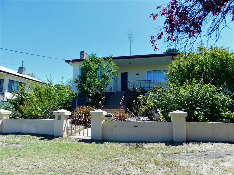 13 Norman Dykes Avenue, Cooma, NSW 2630