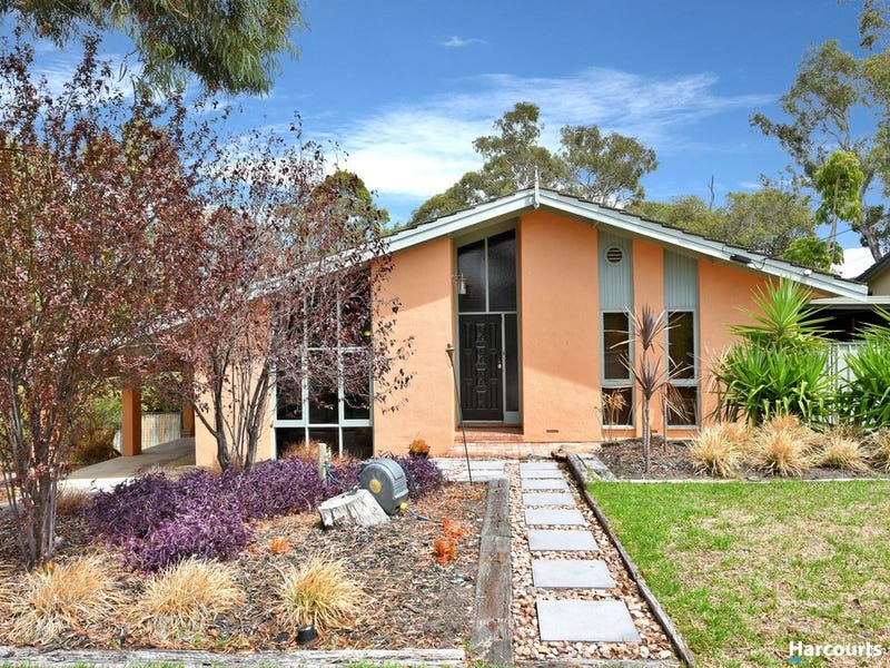 7 Glenalvon Drive, Flagstaff Hill, SA 5159