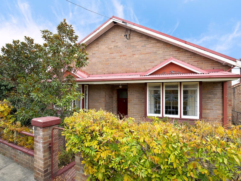 88 Hassans Walls Rd, Lithgow, NSW 2790