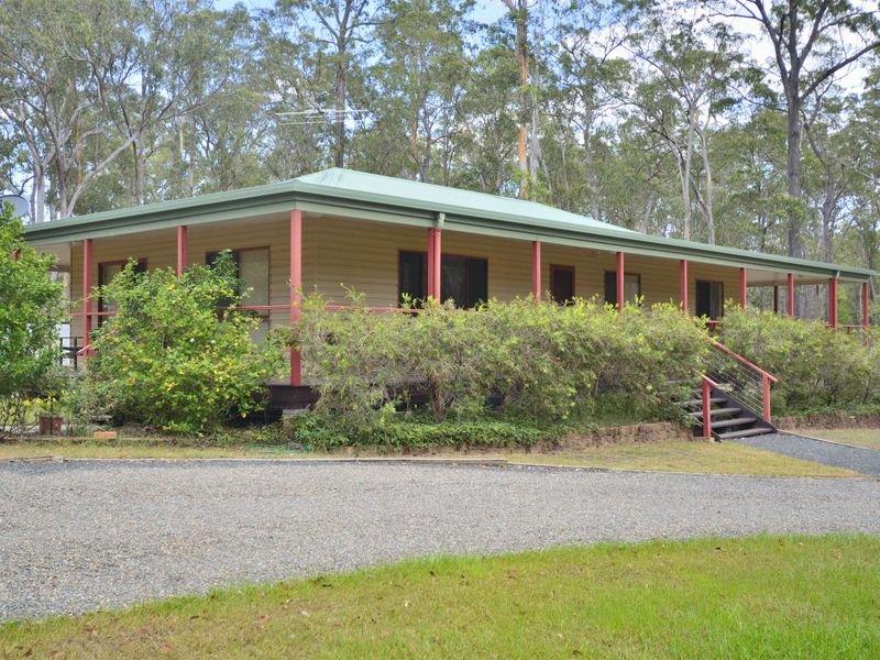 25 Brushbox Crescent, Yarravel, NSW 2440