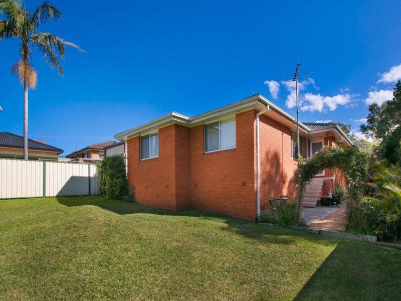 1&2/5 Kathleen Crescent, Woonona, NSW 2517