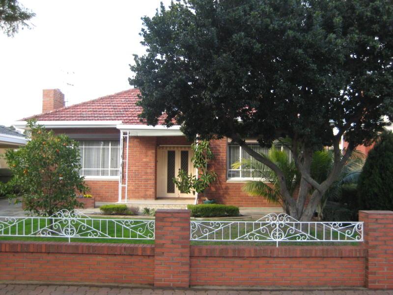 13 Arthur Street, Clarence Gardens, SA 5039