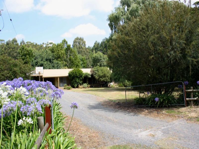 40 WALLIS & HAWKES ROAD, Korumburra, Vic 3950
