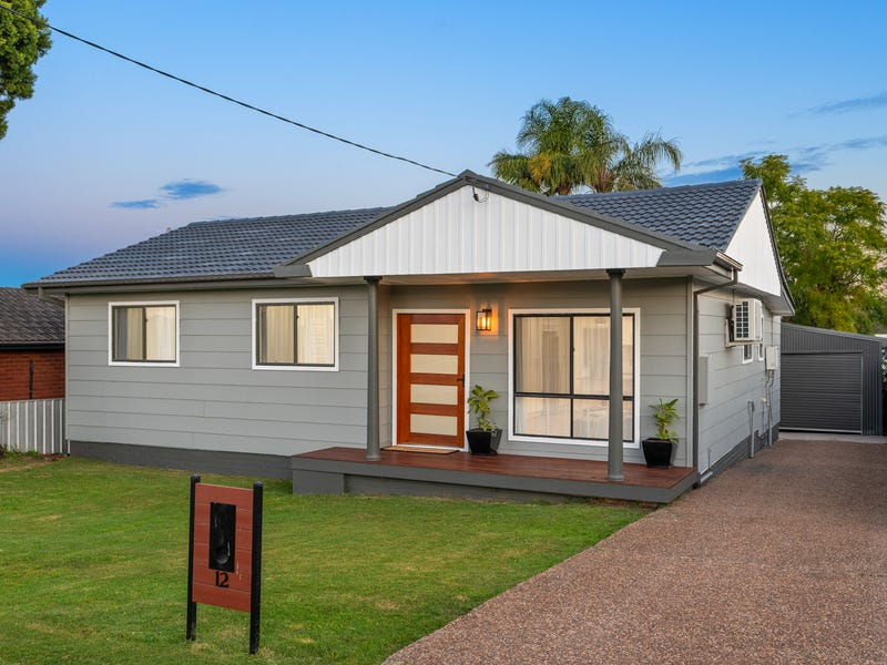 12 Crisp Avenue, Rutherford, NSW 2320