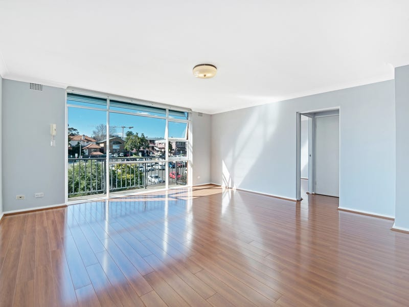 9/10 Coulter Street, Gladesville