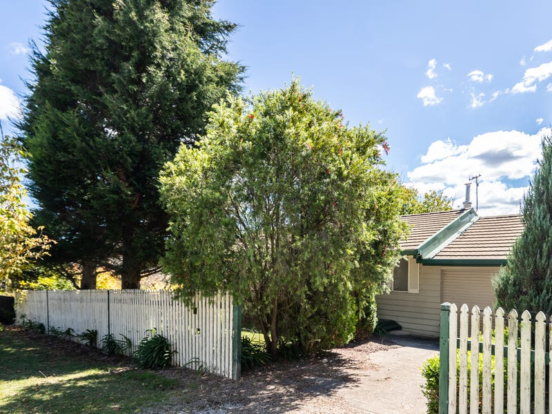 11 Purcell Street, Portland, NSW 2847