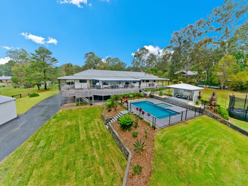 50 Camp Mountain Road, Camp Mountain, Qld 4520