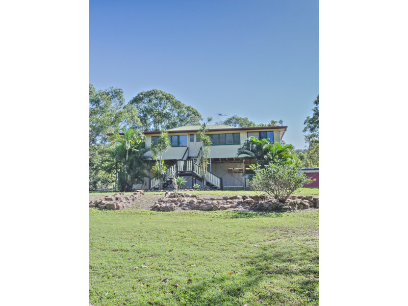 19 Camilleris Road, Devereux Creek, Qld 4753