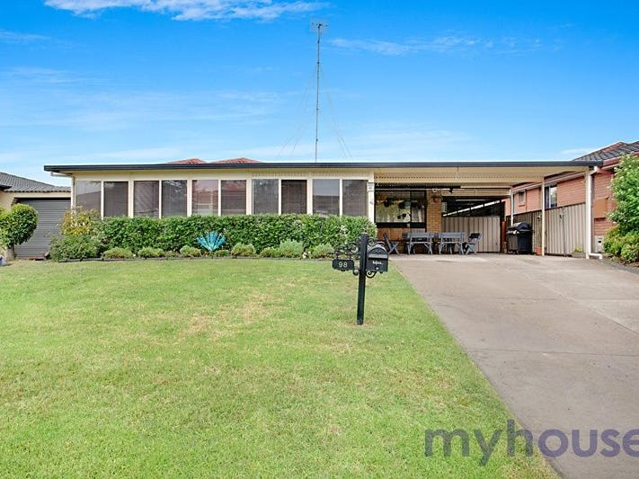98 Grange Cres, Cambridge Gardens, NSW 2747