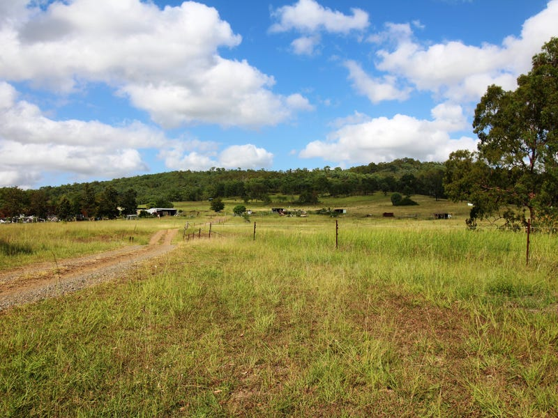 267 Linkes Road, Toogoolawah, Qld 4313
