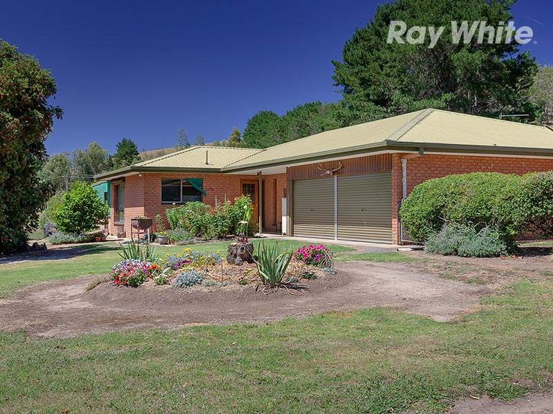2204 Lockharts Gap Road, Tallandoon, Vic 3701