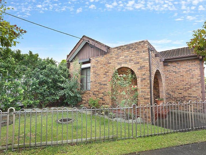 8 Polding Street, Fairfield, NSW 2165