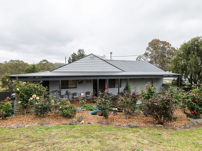 27 Luck Street, Moruya, NSW 2537