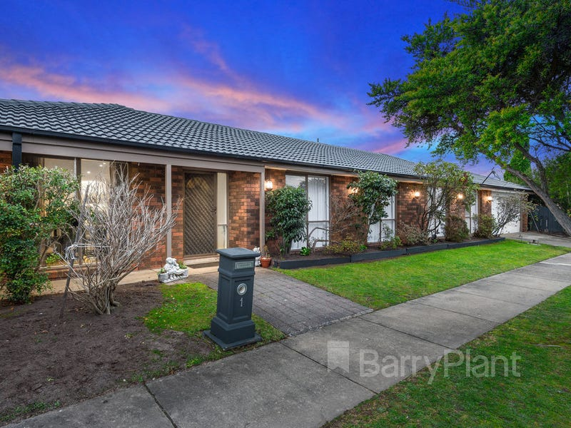 1 Glenmaggie Court, Wantirna South, Vic 3152