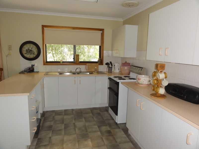 10 Carrigg Place, Gundagai, NSW 2722