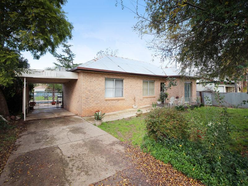 129 Meadow Street, Kooringal, NSW 2650