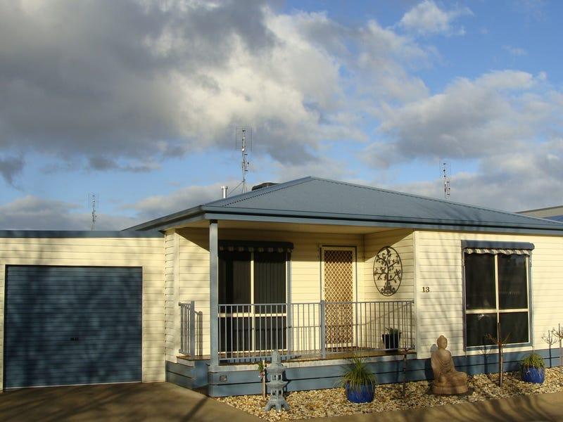 13 Paradise Place, Moama, NSW 2731