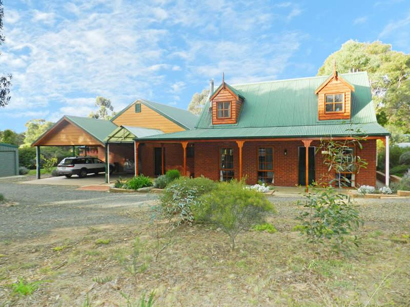 53 Hunts Gap Road, Mandurang South, Vic 3551