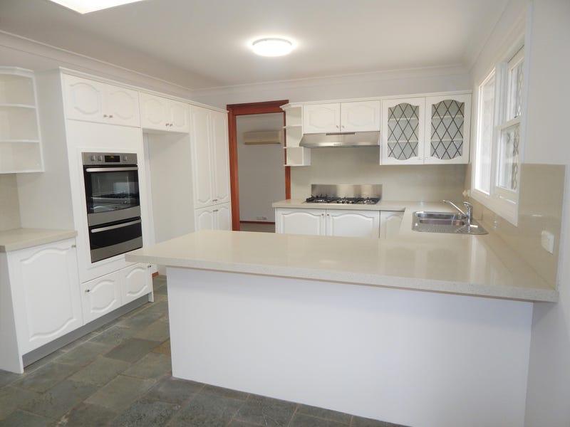 35 Nerang Street, Burradoo, NSW 2576