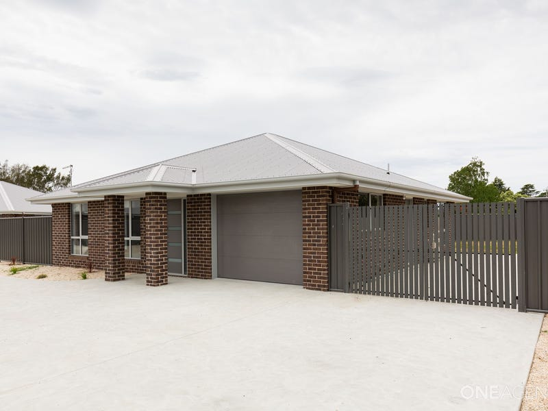 1/172 wellington street, Longford, Tas 7301