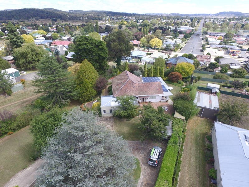 15 Margaret St, Glen Innes, NSW 2370