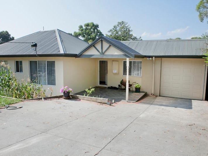 22 Churchill Park Drive, Lysterfield South, Vic 3156