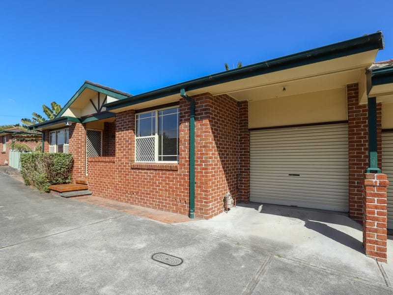 2/10 Mort Street, Shortland, NSW 2307