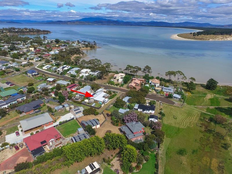 30 First Avenue, Dodges Ferry, Tas 7173